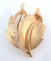 Vintage Crown Trifari Textured Leaf Brooch.